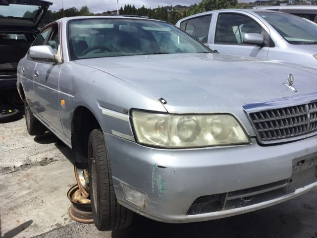 Nissan Laurel C35 1997-2001