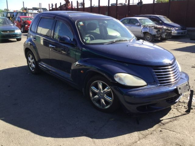 Chrysler PT Cruiser 2000 on